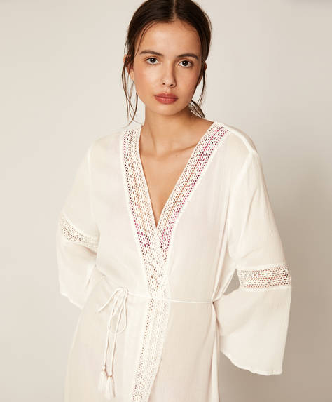 Tunic with lace trim