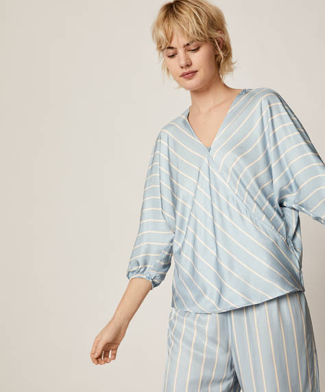 Stripe print blue shirt