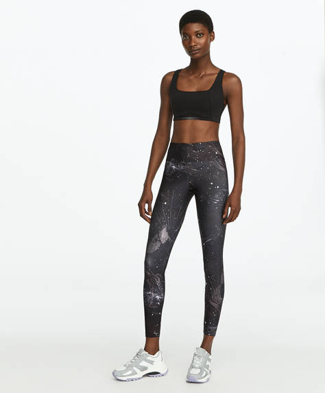 Leggings com estampado galáctico