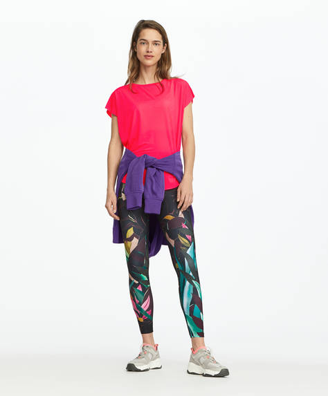 Leggings com estampado tropical