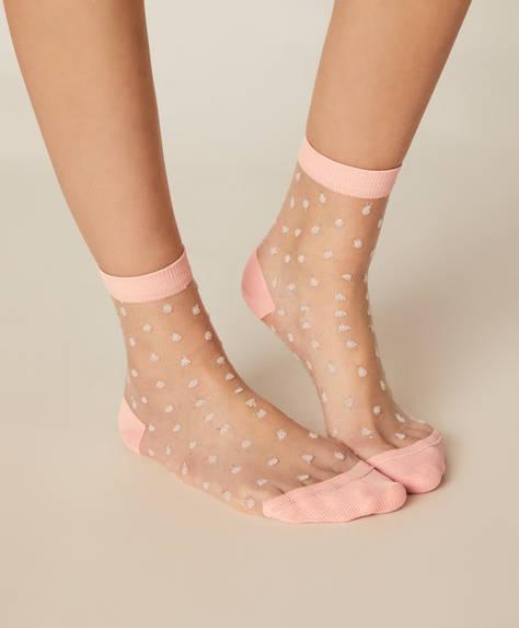 1 pair of regular dotty socks
