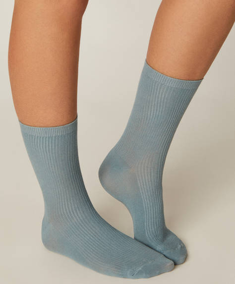 1 pair of basic ribbed socks