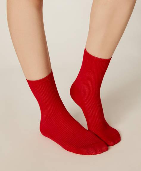1 paire de chaussettes côtelées basiques
