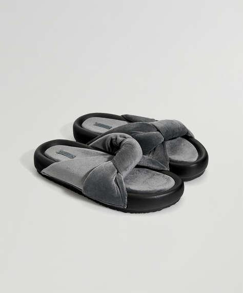 Sandalia plataforma nudo