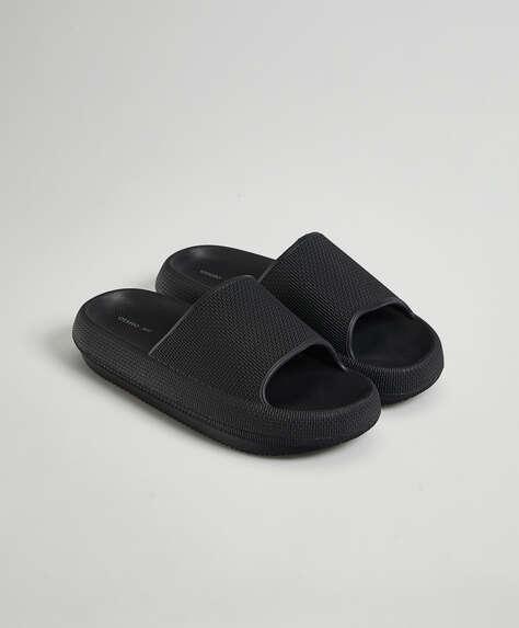 Sandali flatform
