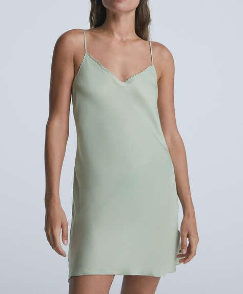 Short satin nightdress with scallop neckline