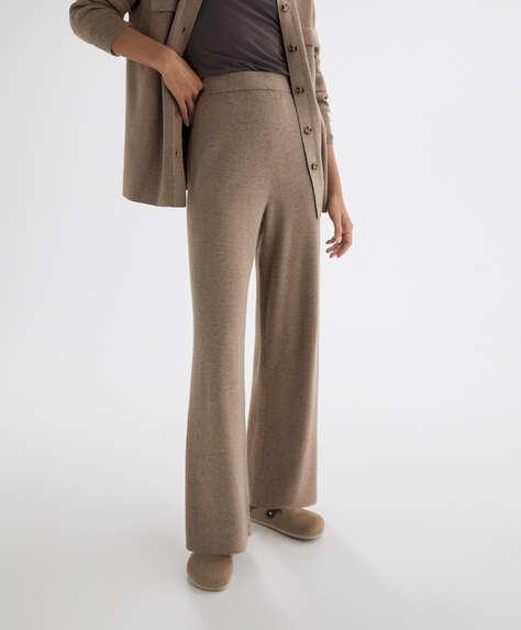 Μακρύ φαρδύ παντελόνι με λεπτή πλέξη ριμπ