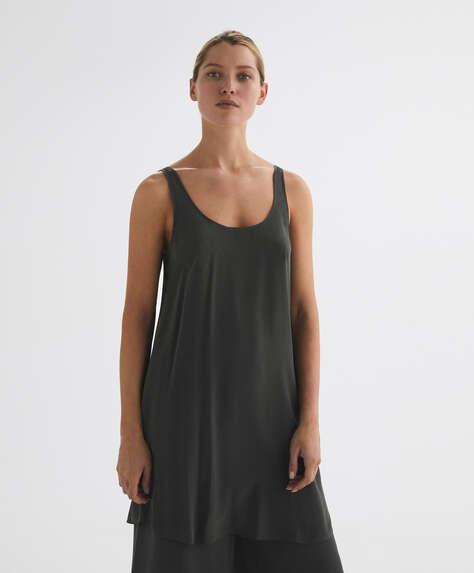 Kurzes Kleid aus 100% Seide