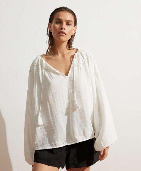 Camisa de manga comprida em algodão bordado