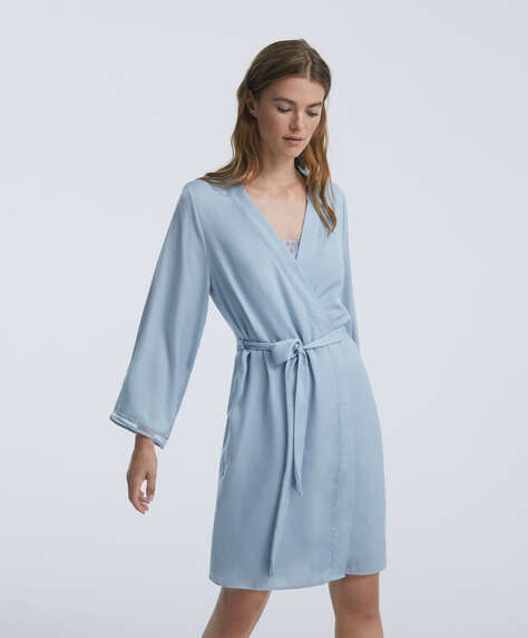 Lace-trimmed dressing gown