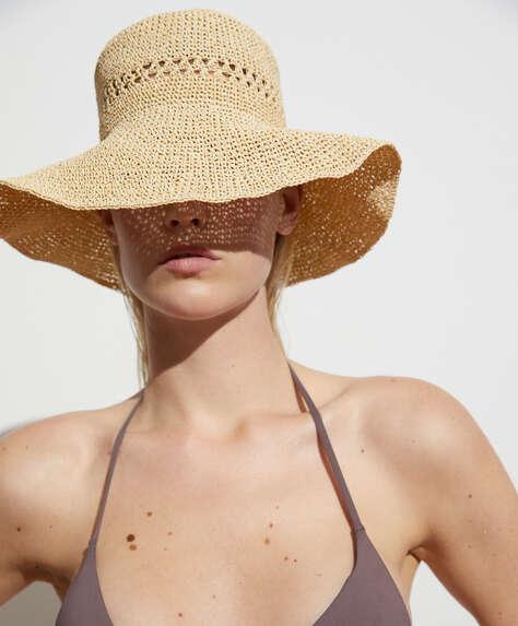 Шляпа в стиле боб
