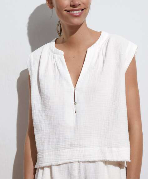 Frayed 100% cotton top