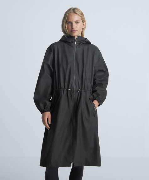 Water- and wind-proof rain coat