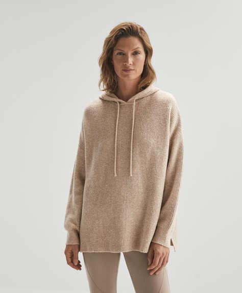 Long-sleeved hooded knit sweatshirt