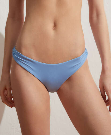 Extra-soft plain classic bikini briefs