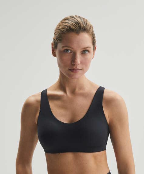 Light touch sports bra