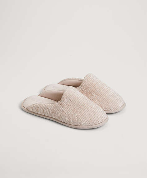 Basic chenille slippers
