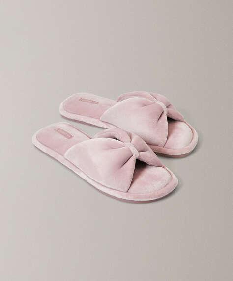 Gathered sandals