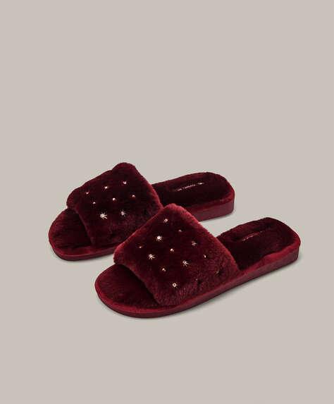 Appliqué furry slides