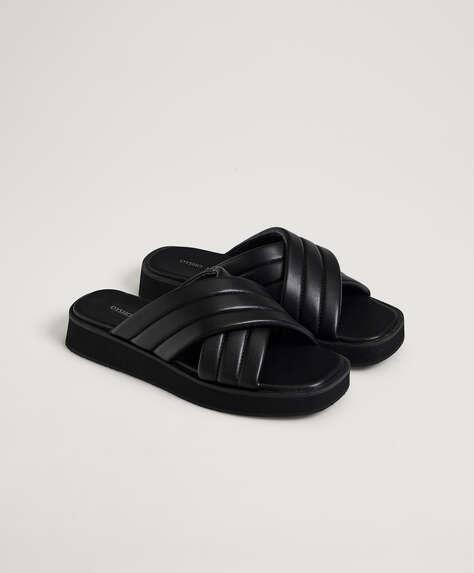 Gevoerde slippers met plateauzolen