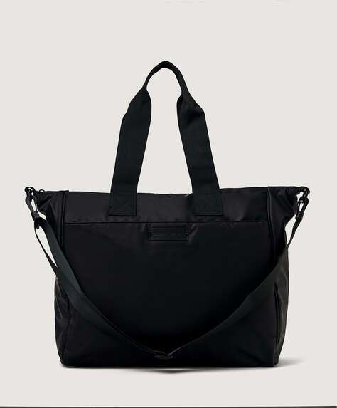 Gummierte Tasche im urbanen Look