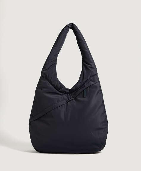 Gesteppte ovale Tasche