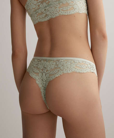 Soft lace hipster thong