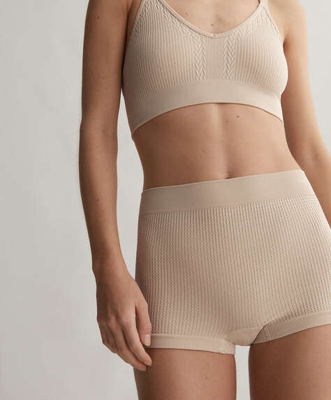 Seamless knit boxers