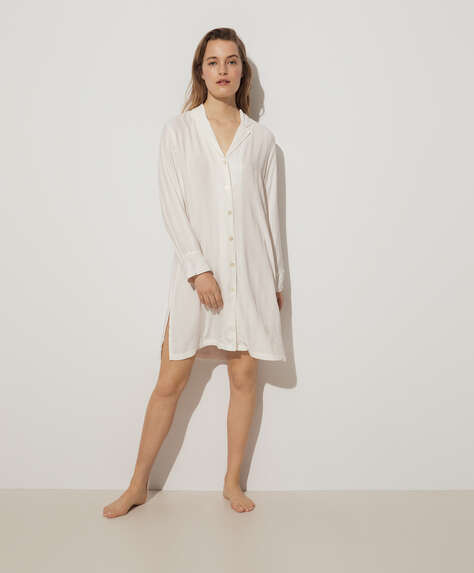 White jacquard nightdress