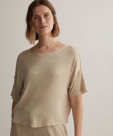 Short-sleeved natural rustic T-shirt