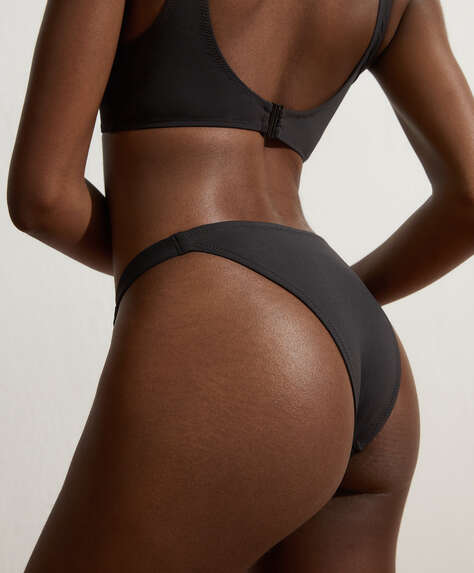 Brazilian bikini briefs with ties