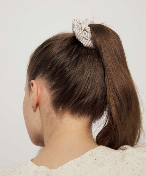 2 stripe textured scrunchies