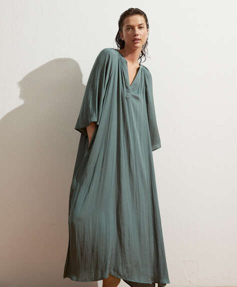Satin V-neck kaftan