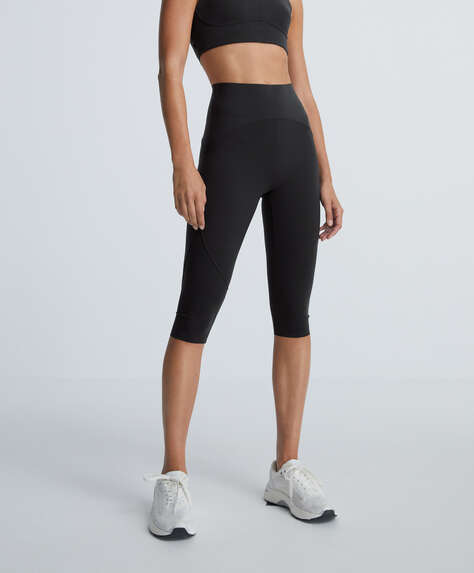Compressive capri leggings