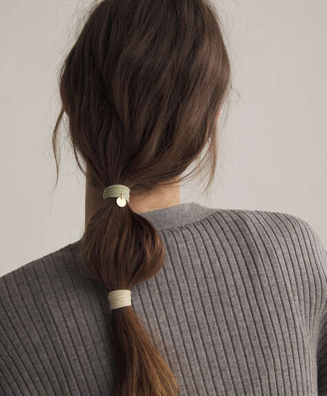6 Oysho plaque hair ties