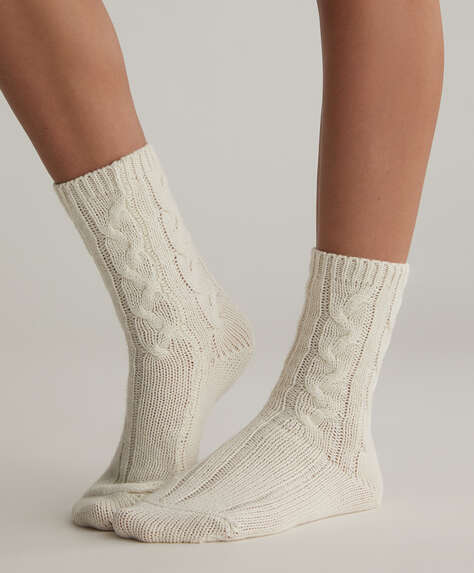 2 pairs of knitted pattern socks