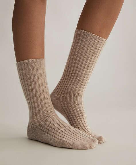 Κάλτσα με χοντρή πλέξη ριμπ