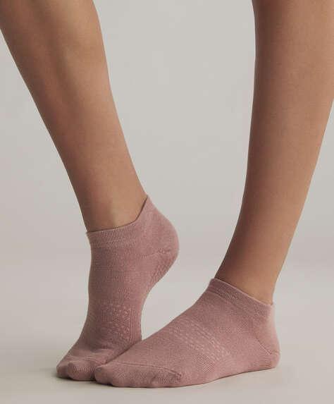 Anti-slip ankle socks
