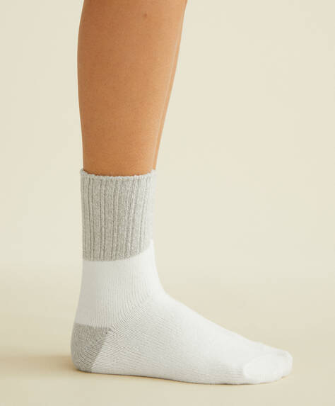 2 Paar Socken in Colour-Block-Optik