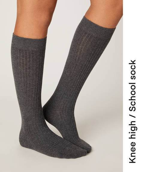 Long ribbed socks